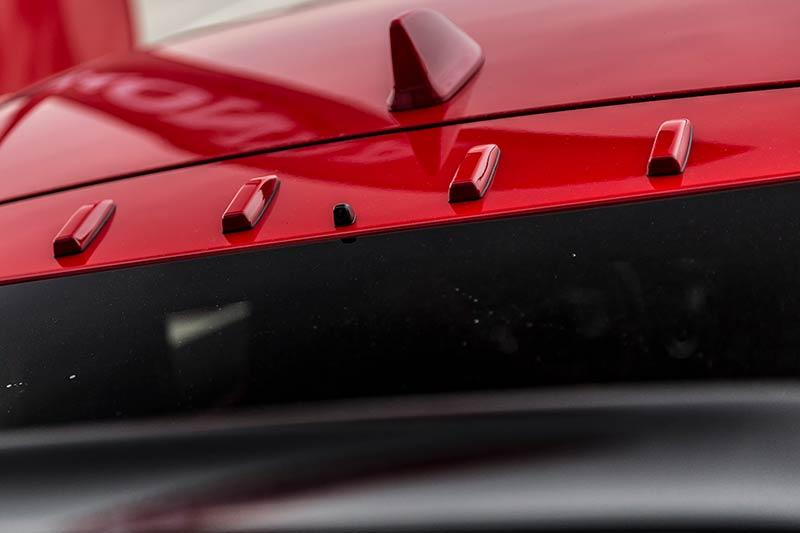 Details-Honda-Civic-Type-R-2017-12.jpg