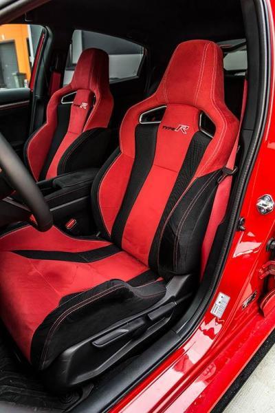 Details-Honda-Civic-Type-R-2017-5.jpg