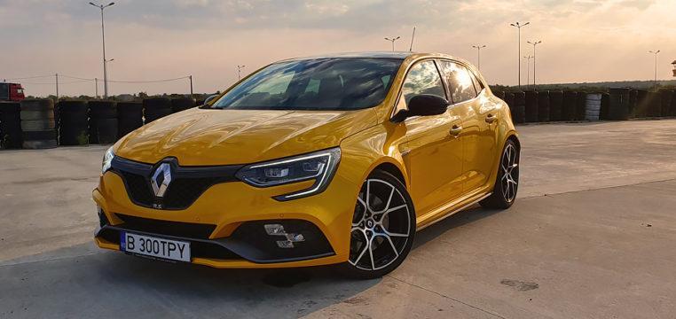Renault-Megane-RS-Trophy.jpg.9aba9cb28ca9fd856f41d9db08d5d60d.jpg